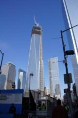 Ground Zero... am Denkmal waren wir nicht, 3h anstehen um ein (kostenloses) Ticket zu bekommen und dann nochmal mind. 1 h anstehen um reinzukommen...