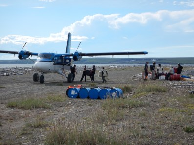 Unloading the Twin Otter