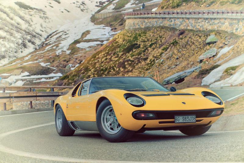 Lamborghini Re Creates Opening Sequence To Italian Job With Miura