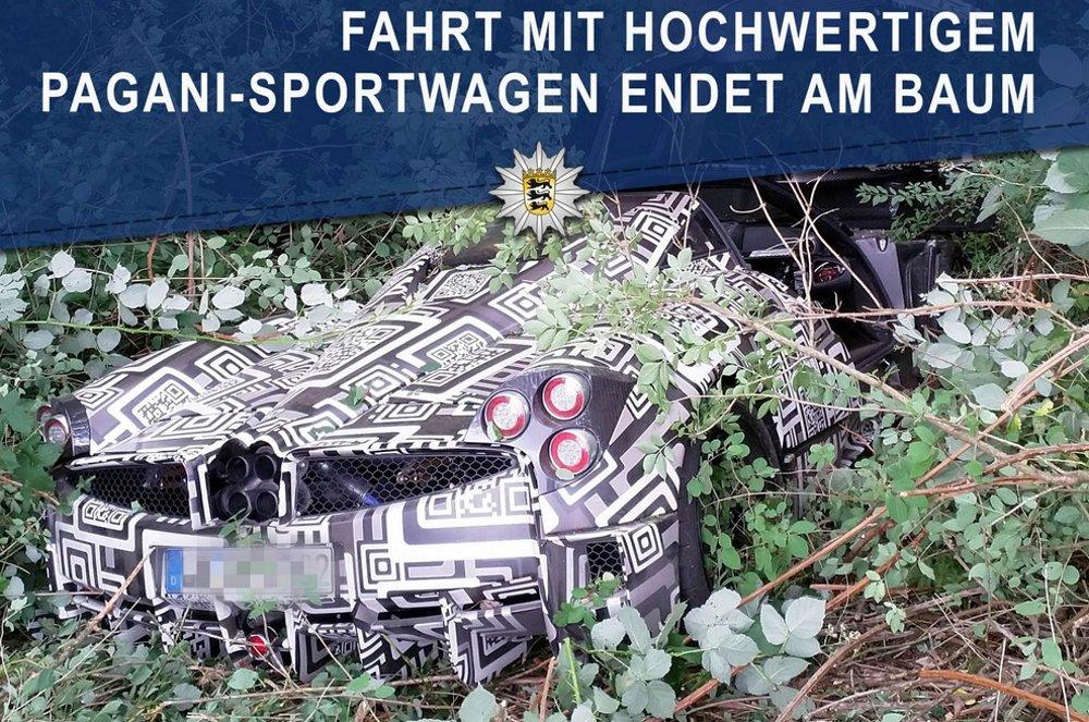 Pagani Huayra Roadster Test Car Crashes in Germany - TeamSpeed