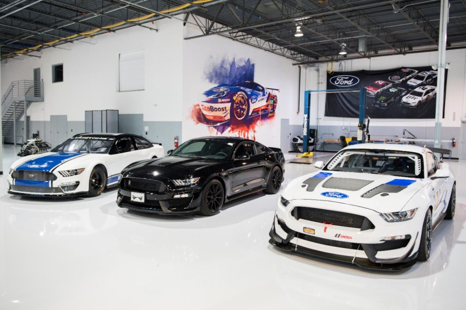 NASCAR Cup Mustang, Shelby GT350, Mustang GT4