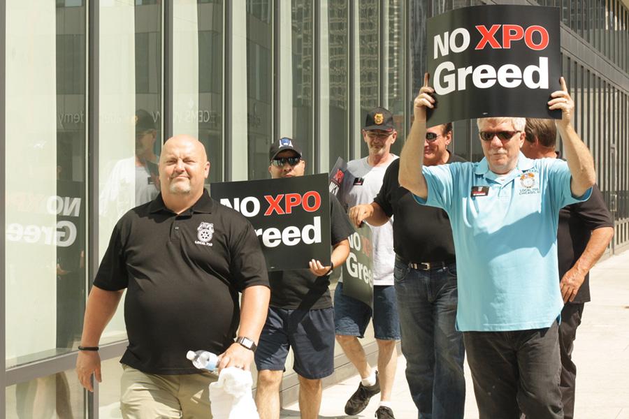 061617_event_xpo-protest_010