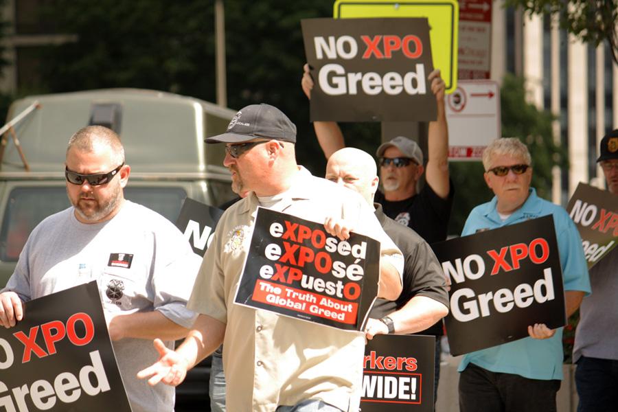 061617_event_xpo-protest_020