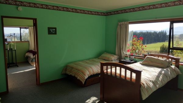 Te Anau Homestay Guest Rooms