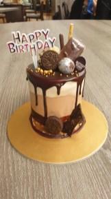 Beautiful birthday cake by Yaya