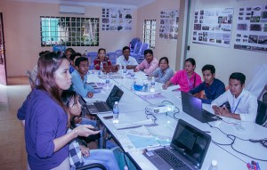 Training on mapping, enumeration, legal land survey, and spatial planning to communities