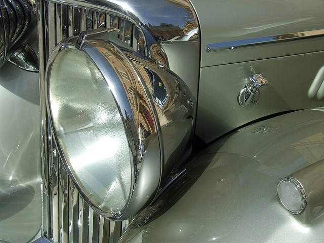 vintage-car-1049882_640