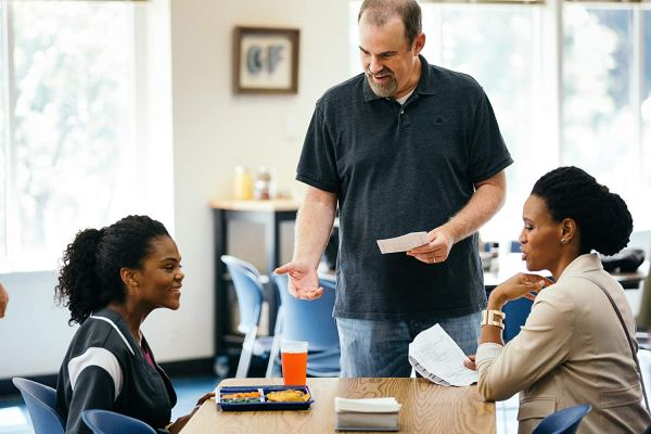 Alex Kendrick And Priscilla C. Shirer In Overcomer