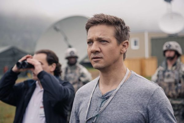 Arrival movie - Jeremy Renner