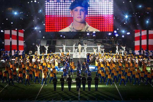 Billy Lynn (Joe Alwyn), dancers, and Alabama State Marching Hornets in TriStar Pictures' BILLY LYNN&'S LONG HALFTIME WALK.