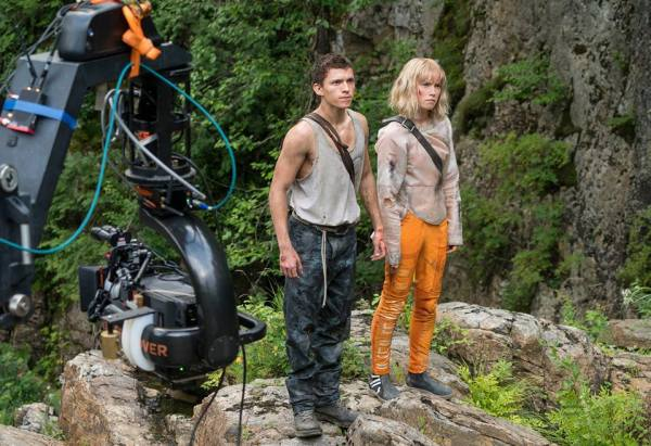 Chaos Walking Movie - Tom Holland and Daisy Ridley