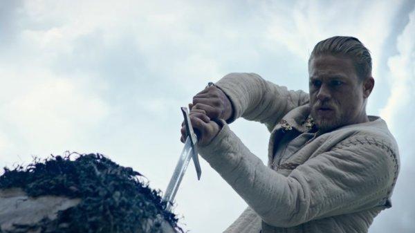 Charlie Hunnam King Arthur