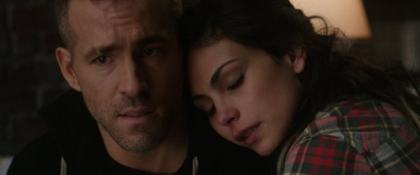 Deadpool Movie - Ryan Reynolds and Morena Baccarin