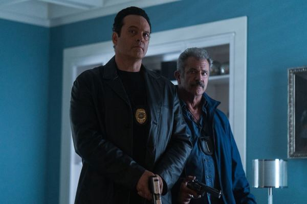 Dragged Accross Concrete Movie Vince Vaughn And Mel Gibson