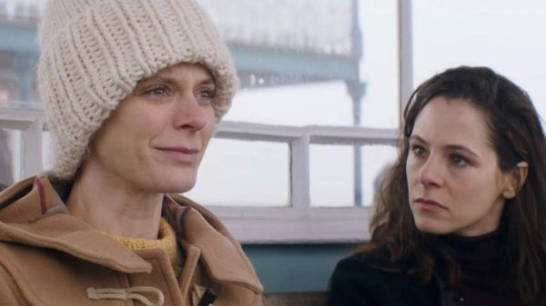 Elaine Cassidy And Emilia Fox - Acres And Acres Movie