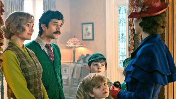 Emily Mortimer, Ben Whishaw, Emily Blunt, Nathanael Saleh, And Joel Dawson In Mary Poppins Returns (2018)