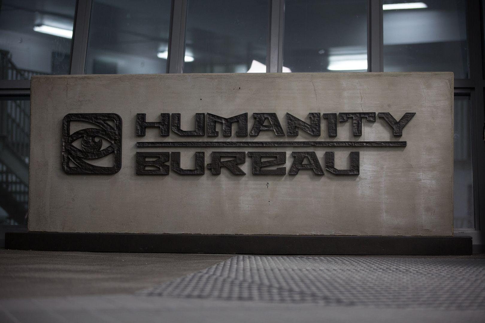 The humanity bureau movie starring nicolas cage teaser for Bureau movie