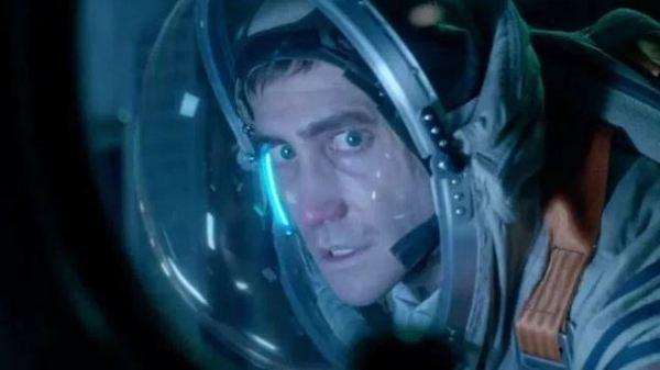 Life 2017 - Jake Gyllenhaal
