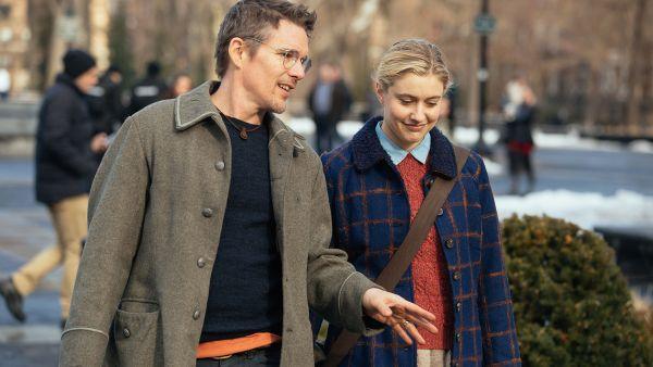 Maggie's Plan Movie - Ethan Hawke and Greta Gerwig