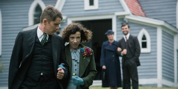 Maduie - Ethan hawke and Sally Hawkins