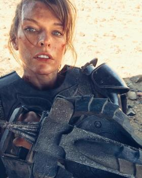 Milla Jovovich As Captain Natalie Artemis