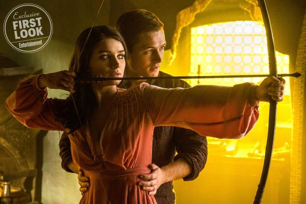 Robin Hood Movie - Taron Egerton And Eve Hewson