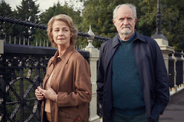 The Sense Of An Ending Movie - Jim Broadbent And Charlotte Rampling