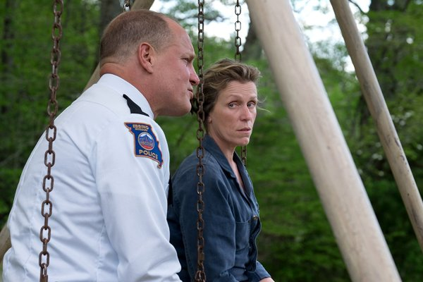 Three Billboards Outside Ebbing Missouri - Woody Harrelson And Frances McDormand