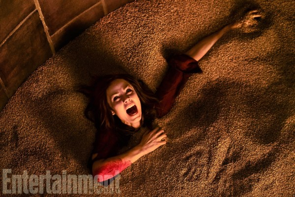 Anna (Laura Vandervoort) - Jigsaw movie - Saw 8