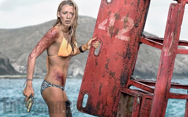 The shallows -Blake Lively and her buoy