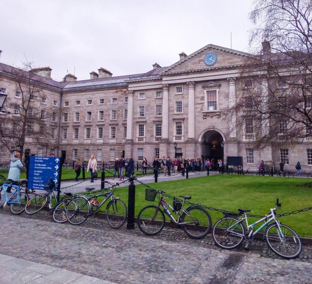 24 hours in Dublin - Trinity1