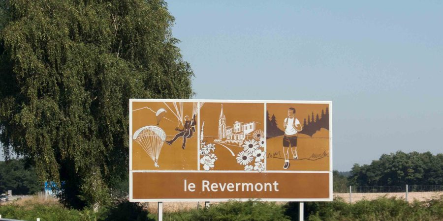 French attraction signs
