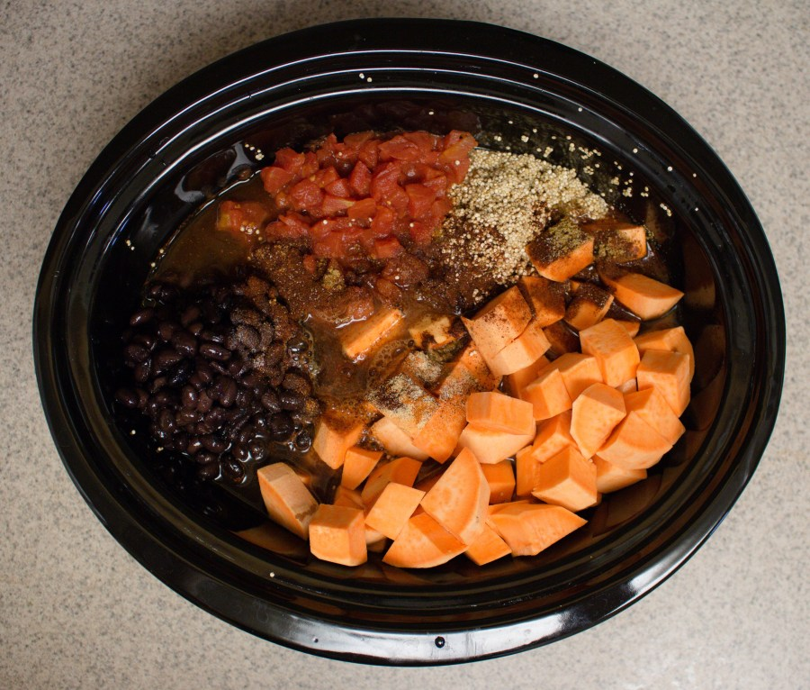 Need something easy, filling and delicious to make for dinner? Try this hearty quinoa fall stew! Full of sweet potatoes, tomatoes, chicken and black beans, it's the perfect balance of comforting and healthy!   Teaspoon of Nose