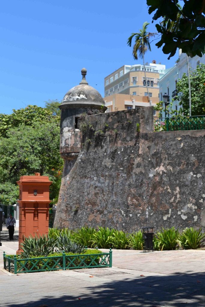 Latin American colors meets Spanish flair in San Juan, Puerto Rico! | Teaspoon of Nose
