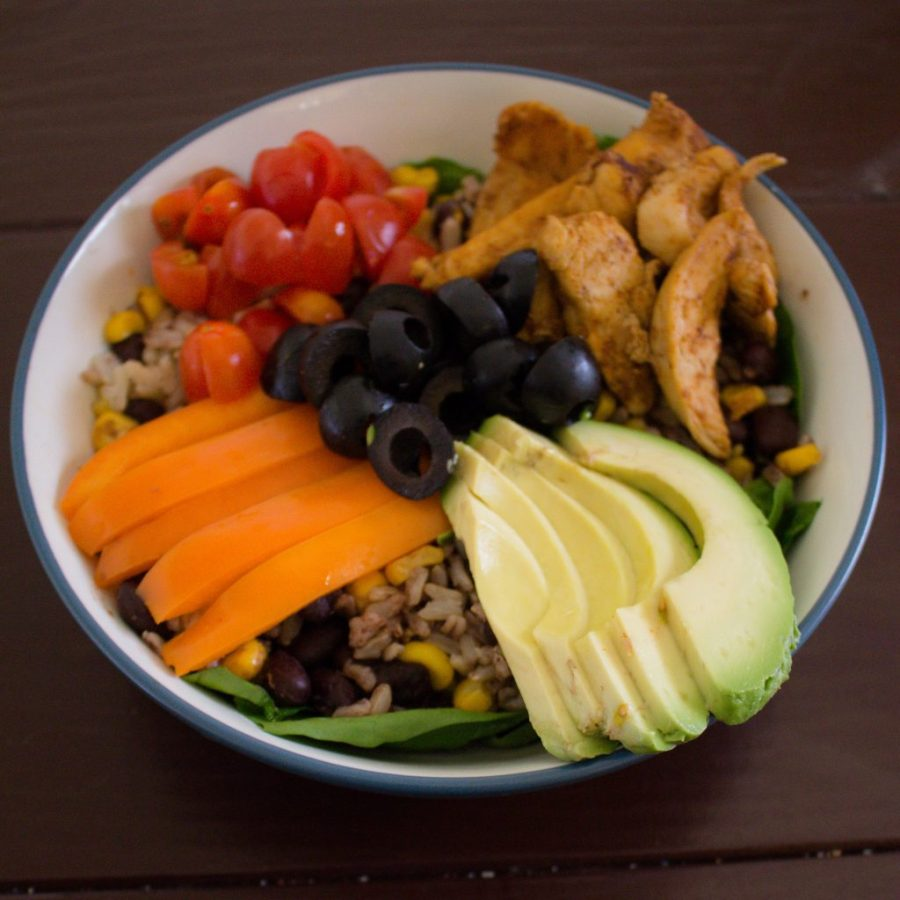 These Mexican grain bowls are the perfect meal prep option to feed you delicious and healthy lunches all week long! | Teaspoon of Nose