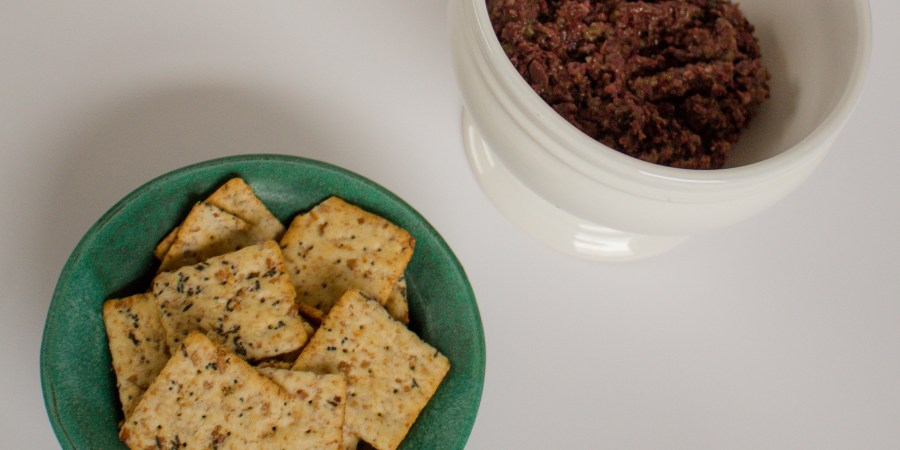 Tapenade is a classic Greek dish, perfect as an appetizer dip or spread for a salad! | Teaspoon of Nose