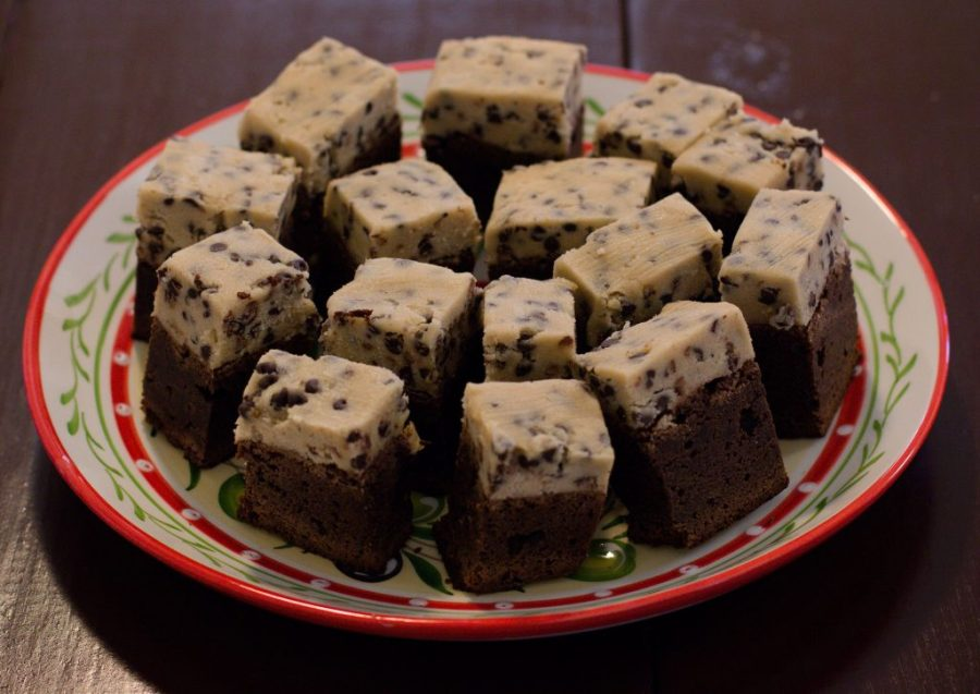 Cookie dough brownies are little pieces of dessert HEAVEN. | Teaspoon of Nose