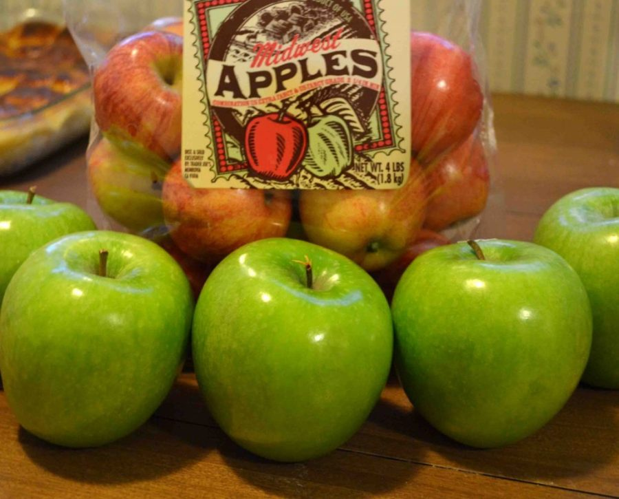Gluten free apple crisp is a surprisingly easy dessert to throw together!   Teaspoon of Nose