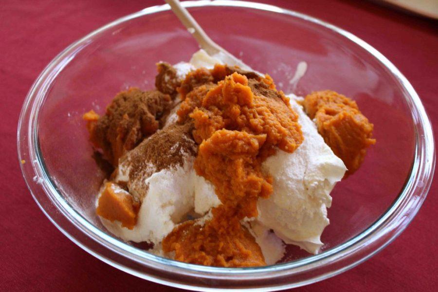 Pumpkin dip make a great dessert for parties! | Teaspoon of Nose