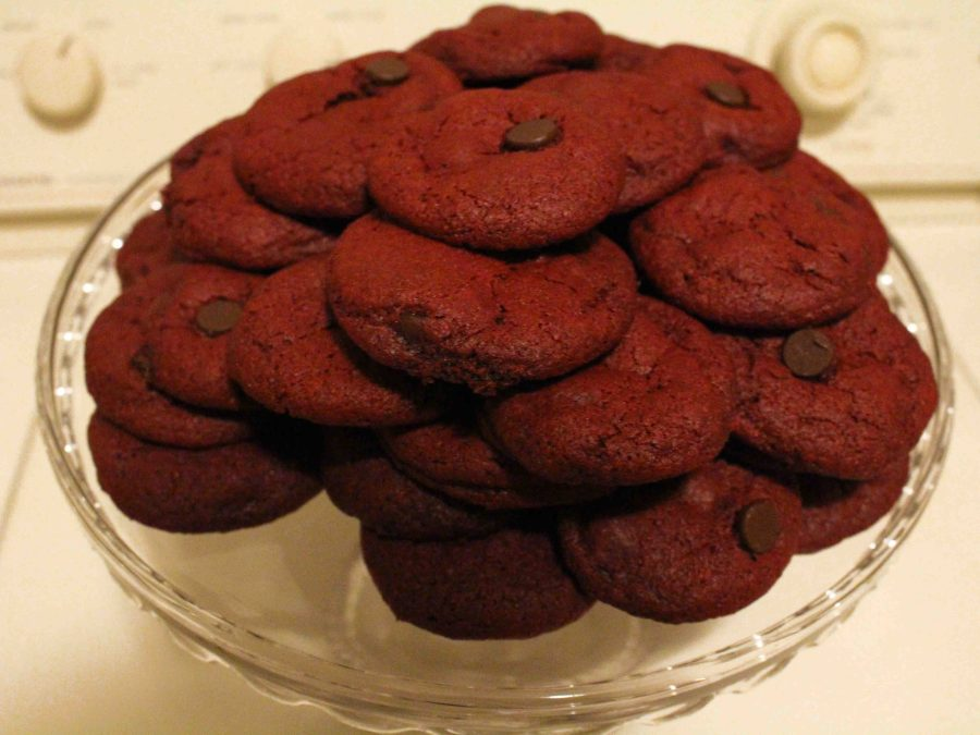 Red velvet chocolate chip cookies are decadent and one of the best desserts I've ever tasted!| Teaspoon of Nose
