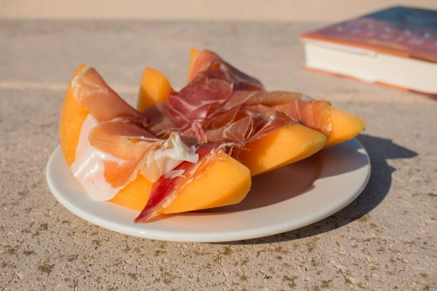 Cantaloupe and prosciutto or prosciutto e melone, is the perfect Italian summertime snack!