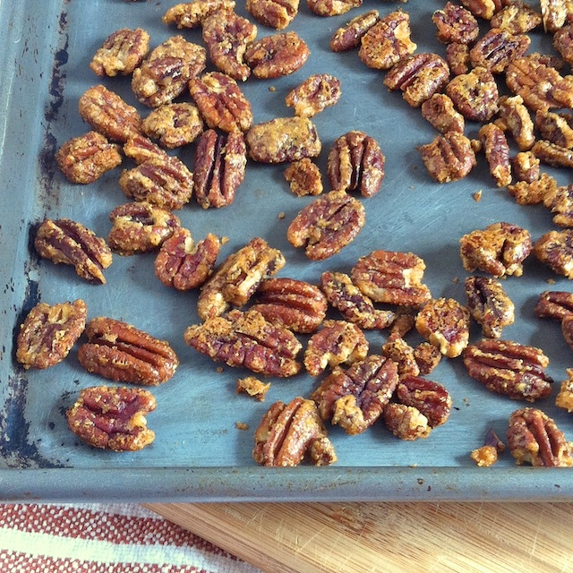 Curried Pecans | Teaspoonofspice.com