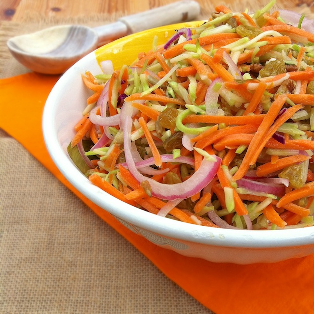 Broccoli Carrot Raisin Slaw | Teaspoonofspice.com