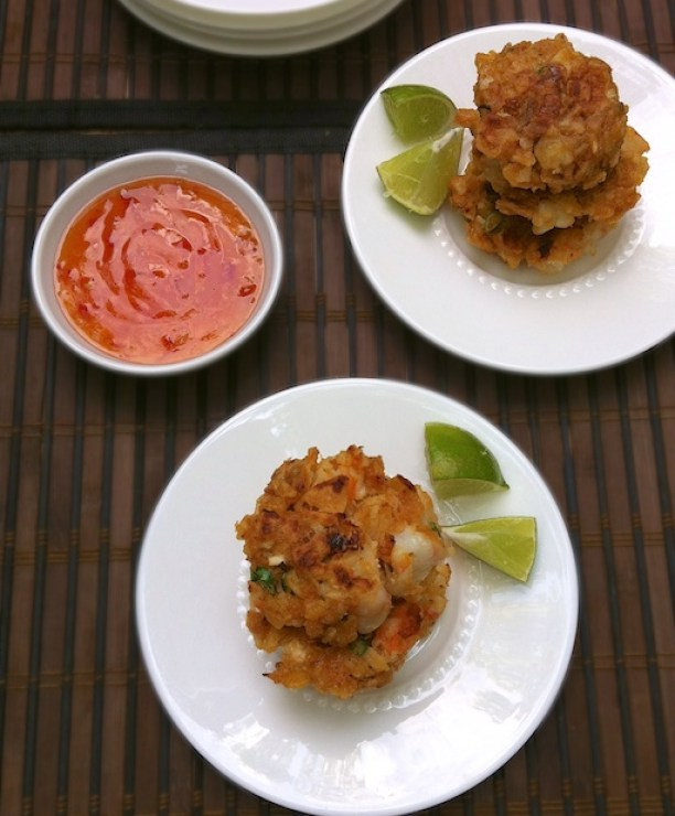 Potato Chip Shrimp Cakes | Teaspoonofspice.com