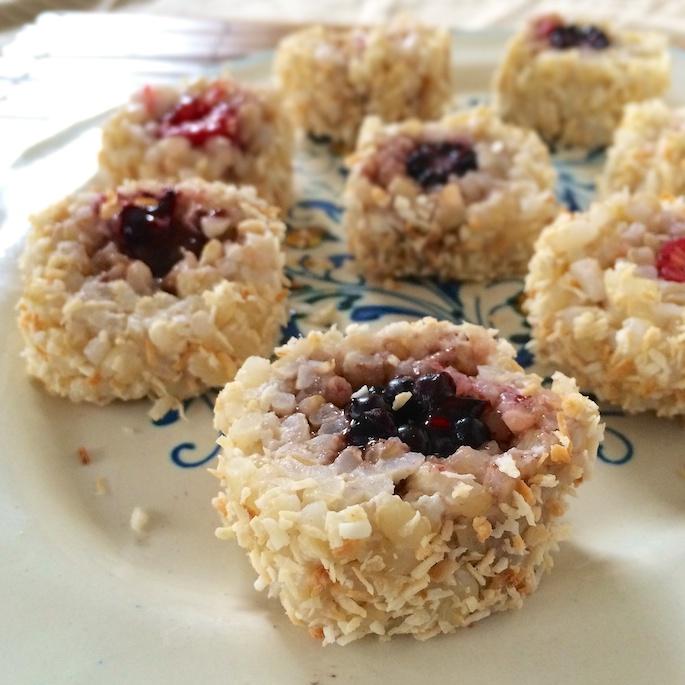 Fruit & Coconut Sushi Rolls | Teaspoonofspice.com