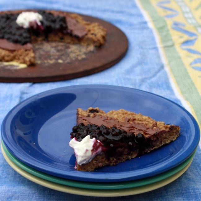 Blueberry Oatmeal Breakfast Pizza