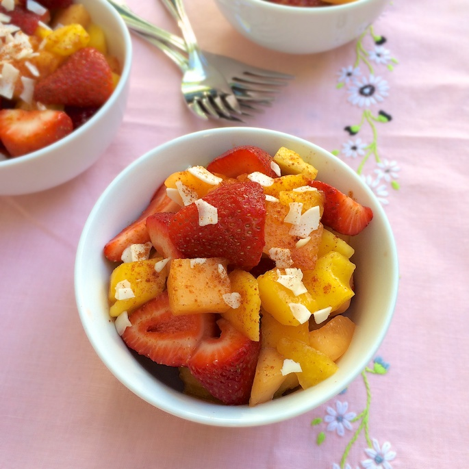 Strawberry Mango Pico de Gallo | Teaspoonofspice.com