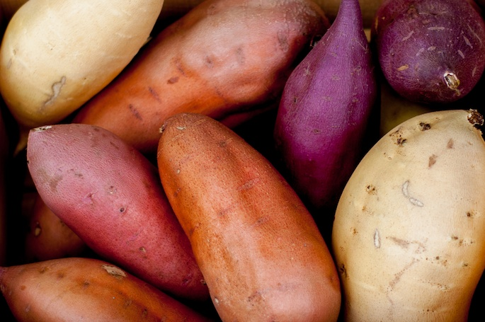#HealthyKitchenHacks: How to Keep Potatoes from Sprouting