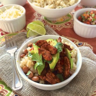 Naked Chicken Burrito Bowls | Teaspoonofspice.com