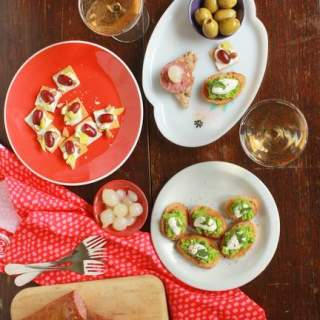 Easy Entertaining: Cracker and Topping Pairings
